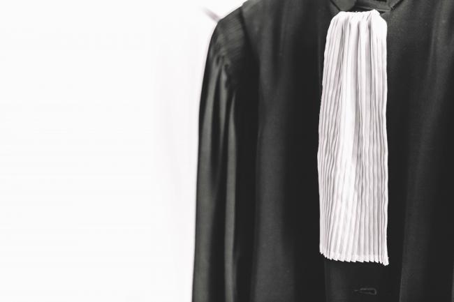 Pourquoi quittent-ils la robe pour devenir juristes d'entreprise ?