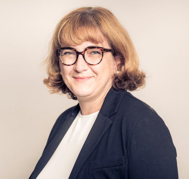 Natacha Lesellier, ancienne responsable de l'éthique chez L'Oréal, devient associée chez Flichy Grangé avocats